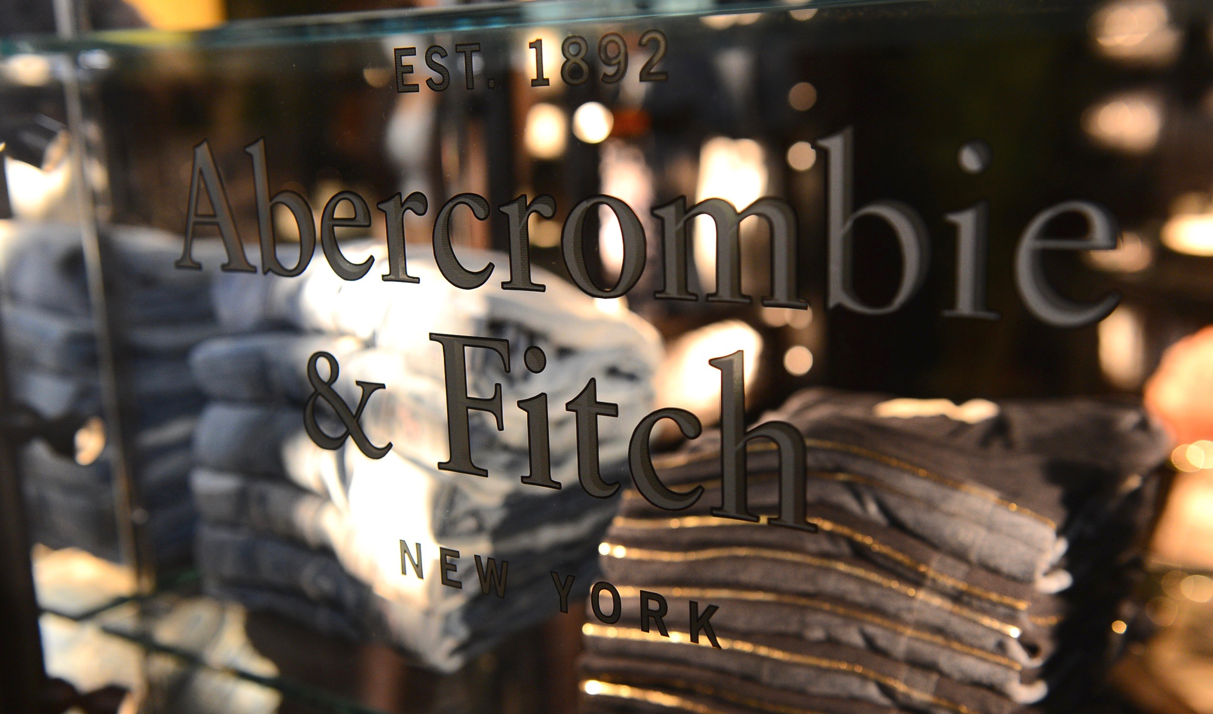 Abercrombie & Fitch Company (NYSE:ANF) Stock Rating Upgraded by Vetr Inc